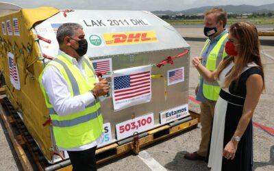 EE.UU. entrega 503.100 dosis de la vacuna anticovid de Pfizer a Panamá