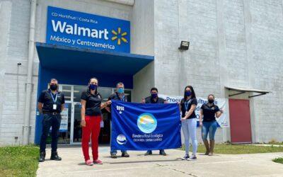 5 plantas de Walmart en Costa Rica reciben reconocimientos de Bandera Azul