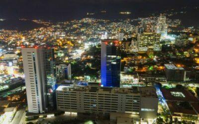 Honduras inaugura Centro Cívico como obra de ahorro, transparencia y atención especial a los ciudadanos