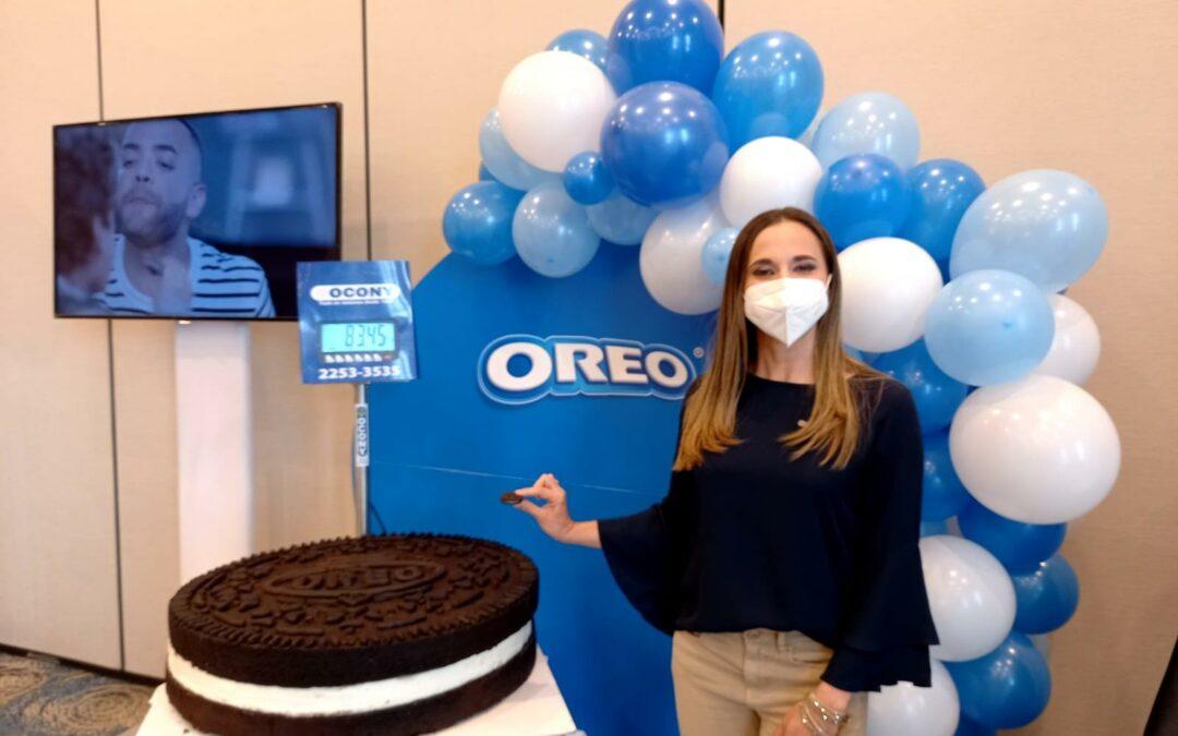 Costa Rica logra título de Guinness World Records de la galleta rellena de crema más grande del mundo