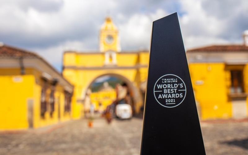Antigua Guatemala recibe reconocimiento de Travel + Leisure por medio del INGUAT